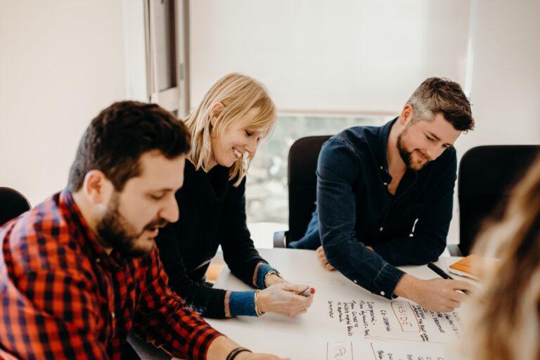 Ariad expert staffing digital marketing banking UX